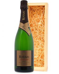 Rotari Cuvée 28+ Brut in luxe wijnkist
